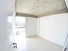 Foto Departamento en Alquiler en  Luis A. de Herrera,  La Recoleta  Zona Herrera, Departamento 3B