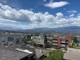 Foto Departamento en Alquiler en  Cumbayá,  Quito  SANTA LUCIA ALTA CUMBAYA SE RENTA HERMOSO DEP CON VISTA (CR)