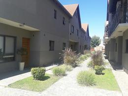 Foto Departamento en Venta en  Muñiz,  San Miguel  Muñoz al 200 - TRIPLEX COMPLEJO LOS PETALOS