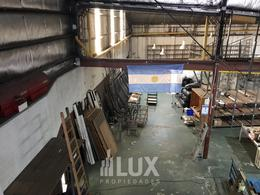 Consultar valor por Nave y Local comercial casi 2000 m2 en zona estratégica Rosario ideal inversores - Rep.De La Sexta