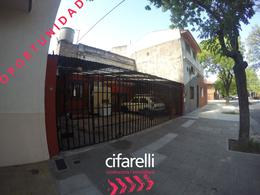 Foto Casa en Venta en  Liniers ,  Capital Federal  Pizarro al 5600