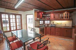 Foto Casa en Venta en  Parque Chacabuco ,  Capital Federal  Zuviria al 300