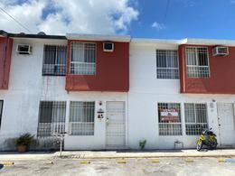 Foto Casa en Venta en  Paraíso Villas,  Cancún  Cancun Casa Remodelada  en VENTA - Paraiso Villas