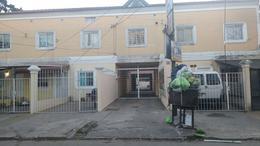 Foto Departamento en Venta en  Moron ,  G.B.A. Zona Oeste  Charrúa