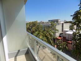 Foto Departamento en Venta en  Tres Cruces ,  Montevideo  Shopping próximo