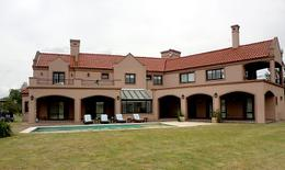 Foto thumbnail Casa en Venta en  San Eliseo Golf & Country,  Countries/B.Cerrado  San Eliseo: Casa a estrenar sobre lote doble