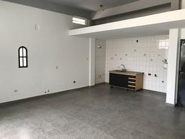 Foto Local en Alquiler en  Centro,  Ingeniero Maschwitz  La Plata al 1000
