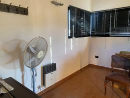 Foto Casa en Venta en  Villa Elvira,  La Plata  7 bis entre  84 y 85 N° 48