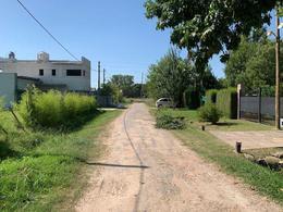 Foto Terreno en Venta en  City Bell,  La Plata  445 Bis Entre 30 y 31
