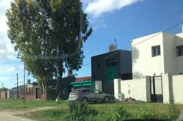 Foto Terreno en Venta en  La Plata ,  G.B.A. Zona Sur  134 entre 82 y 83
