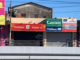 Foto Local en Venta en  Jose Clemente Paz,  Jose Clemente Paz  Hipolito Yrigoyen 1562