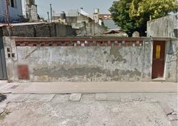 Foto Terreno en Venta en  Lomas De Zamora,  Lomas De Zamora  BILBAO LA VIEJA 235