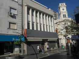 Foto Local en Alquiler en  Centro,  Cordoba  Dean Funes y Rivera Indarte