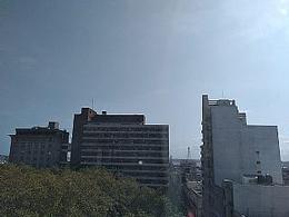 Foto Oficina en Alquiler en  Ciudad Vieja ,  Montevideo  Juan Carlos Gómez , frente a Plaza Matriz