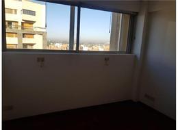 Foto Departamento en Venta en  Nueva Cordoba,  Capital  Av. Hipólito Yrigoyen 500