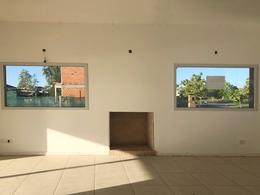 Foto Casa en Venta en  El Canton,  Countries/B.Cerrado (Escobar)  Barrio Norte al 800