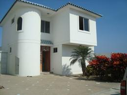 Foto Casa en Venta en  Punta Barandua,  Ruta del Sol          Vendo Casa Punta Barandua  Urbanizacion Privada a pocos pasos de la Playa