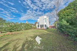 Foto Casa en Venta en  Los Acantilados,  Mar Del Plata  501 1200