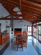 Foto Casa en Venta en  Turdera,  Lomas De Zamora  Av. Antártida Argentina N° 302, Turdera.