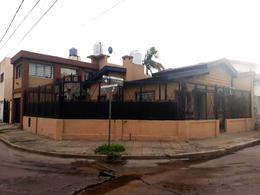 Foto Casa en Venta en BECQUER al 2100, G.B.A. Zona Oeste   Moron   Castelar