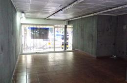 Foto Local en Alquiler en  Barrio Norte ,  Capital Federal  M T de Alvear al 2000