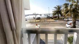 Foto Departamento en Venta en  Península,  Punta del Este  Gran apartamento sobre el Puerto de Punta del Este