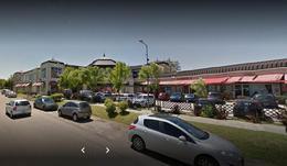 Foto Local en Venta | Alquiler en  Guillermo E Hudson,  Berazategui  Huson Plaza Comercial, Local 52