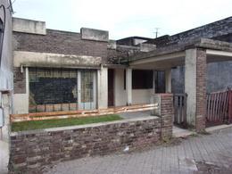 Foto Local en Alquiler en  Belgrano,  Rosario  PCIAS. UNIDAS 1650