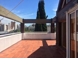 Foto Edificio Comercial en Venta en  Quilmes,  Quilmes  lavalle 900