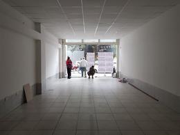 Foto Local en Alquiler en  San Miguel De Tucumán,  Capital  25 de Mayo al 300