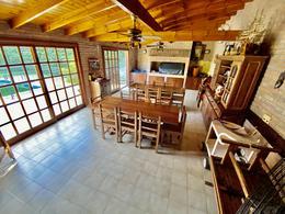 Foto Casa en Venta en  Olivos,  Vicente López  Salta al 2200