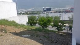 Foto Terreno en Venta en  Los Milagros de Valle Alto 1 Sector,  Monterrey  Terreno en Venta en Milagros de Valle Alto, Fracc. Privado en ubicación privilegiada (MVO).Fraccionamiento privado vigilancia 24/7  a minutos de Costco y Pueblo Serena, muy cerca de Colegios y Prepara