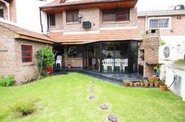 Foto Casa en Venta en  Martinez,  San Isidro  Ezpeleta 1200