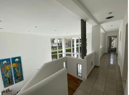 Foto Casa en Venta en  Villa Allende Golf,  Villa Allende  CASA EN VENTA VILLA ALLENDE GOLF