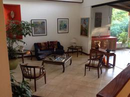 Foto Casa en Venta en  Guacima,  Alajuela  PRECIOSA CASA EN DOS PLANTAS VISTAS, AREAS VERDES, MUY ARBOLADA. HACIENDA LOS REYES.