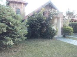 Foto Casa en Venta en  Junin ,  San Luis           CASA TIPO CHALET EN VENTA AV LOS ALMENDROS MERLO SAN LUIS