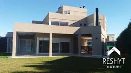 Foto thumbnail Casa en Venta en  Cabos del Lago,  Nordelta  CABOS DEL LAGO - NORDELTA