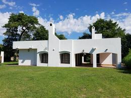 Foto Casa en Alquiler temporario en  Roldán ,  Santa Fe  Ruta 9 esquina San Sebastian al 100