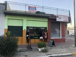 Foto Local en Venta en  Temperley,  Lomas De Zamora  VENTA GALPON TEMPERLEY PASCO 1494