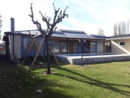 Foto Casa en Venta | Alquiler en  Plottier,  Confluencia  barrio Manzanares