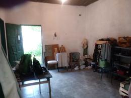 Foto Local en Venta en  Moreno ,  G.B.A. Zona Oeste  J. O´brien esquina Segundo Sombra