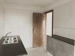 Foto Apartamento en Venta en  Cordón ,  Montevideo  Inversión. Se vende alquilado.
