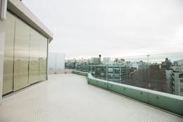 Foto Departamento en Alquiler en  Pocitos ,  Montevideo  EXCELENTE apartamento, piso alto,  metros del mar