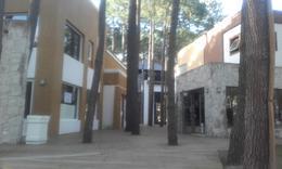 Foto Terreno en Venta en  Pinamar,  Pinamar  Avda. Olimpo s/n e/E. Shaw y Penèlope