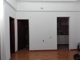 Foto Casa en Venta en  Unión ,  Montevideo  Fray Bentos y Comercio  prox.