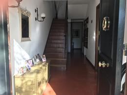 Foto Casa en Venta en  Adrogue,  Almirante Brown  Diag. Toll al 1700