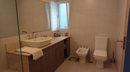 Foto Casa en Venta en  Área Centro Sur,  Capital  CASA EN VENTA INTENDENTE CARRO  al 1200