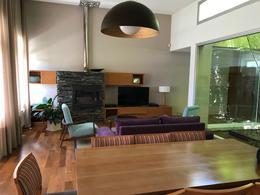 Foto Casa en Venta en  El Manzanar,  Cipolletti  los paraisos al 700