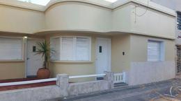 Foto Casa en Venta en  La Plata,  La Plata  Diagonal 75 Entre 20 y 21