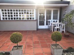 Foto Casa en Venta en  La Plata,  La Plata  65 e/17 y 18